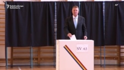 Front-Runners Vote In Romanian Presidential Election