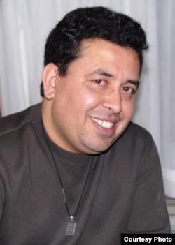 مجید خان، روزنامهنگار رادیو اروپای آزاد