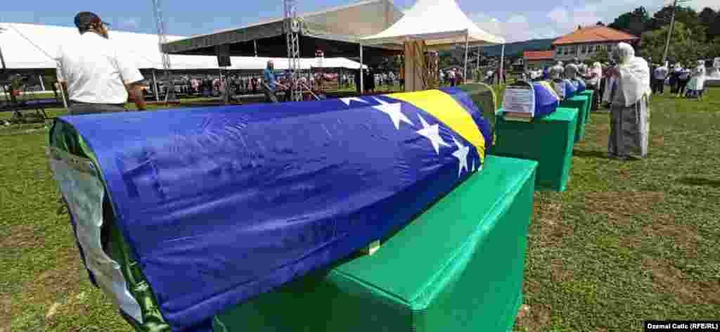 Ukopano je 12 žrtava ratnih zločina
