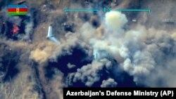 یکی از حملات هوایی علیه مواضع نیروهای ارمنی