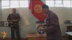 Кыргызстан жаңы Баш мыйзам үчүн добуш берди