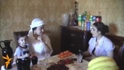 """Фирӯза Ҳафизова: """"Аз аввал оила ва фарзанд, баъд саҳна""""."""