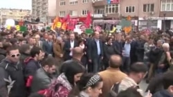 """Protest u Prištini: """"Protiv zauzimanja države"""""""