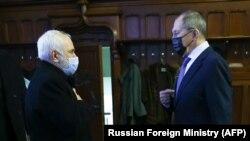 Главы МИД России и Ирана Сергей Лавров (справа) и Мохаммад Джавад Зариф, Москва, 26 января 2021 г.