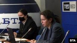 Ива Лазарова и Диана Ефтимова от Института за развитие на публичната среда