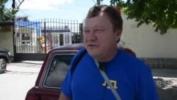 У Білогірську влаштували акцію до Дня кримськотатарського прапора (відео)
