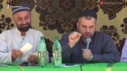 Ни фитнеса, ни макияжа, ни каблуков – проповедник в Дагестане советует женщинам копать огороды (видео)