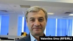 Corneliu Furculiță, liderul fracțiunii Socialiștilor în Parlament (foto arhivă, în redacția Europei Libere, Chișinău)