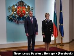 Новый посол РФ Элеонора Митрофанова после встречи с президентом Болгарии Руменом Радевым