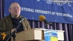 Адам Міхнік: «Курка – не птиця, Україна – не Росія, а «заграниця»