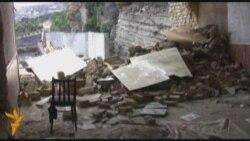 Gecə saat 3-də evləri sökmək cəhdi