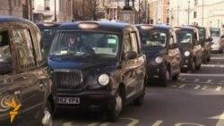 Лондонлик таксичилар Uberга намойиш сифатида йўлларни тўсиб қўйишди