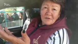 На пункте пропуска «Кордай» на границе Казахстана с Кыргызстаном скопились большие очереди людей и грузового транспорта