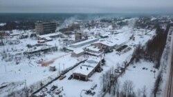 Napuštene kuće i razrušena infrastruktura u umirućem ruskom gradu