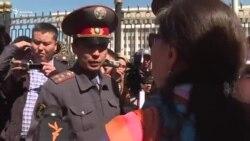 Текебаевдин тарапкерлери митингге чыкты