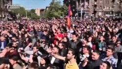 La Erevan au loc noi proteste ale opoziției