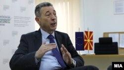 Директорот на Државниот завод за статистика, Апостол Симовски