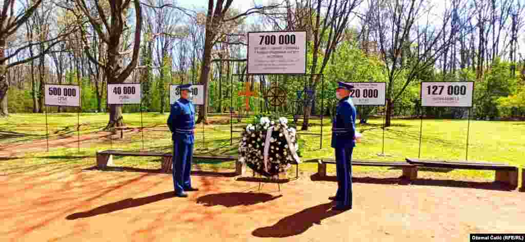 Jasenovac je bio prvi sistemski izgrađivani logorski kompleks na teritoriji NDH i jedini koji je neprekidno djelovao za vrijeme njenog postojanja. Foto sa obilježavanju 76.-godišnjice proboja posljednjih zatvorenika iz ustaškog logora Jasenovac, Hrvatska 22 april 2021