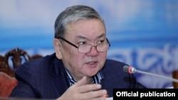 Алмазбек Акматов.