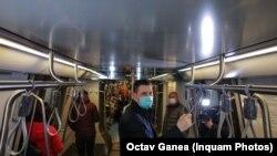 Zöld péntek: rollereztek, metróztak és sétáltak a román kormánytagok