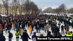 Акция протеста 31 января в поддержку политика Алексея Навального в Петербурге