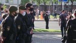 В Білорусі відновилися протести. Є затримані (відео)