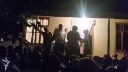 Mingəçevir- Polis bölməsində ölən gəncin valideynləri etiraz edir