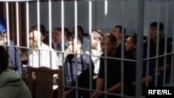 После кровавых событий в Андижане сотни людей были приговорены к лишению свободы на сроки от 10 до 18 лет.