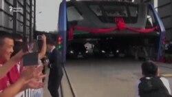 Nəhəng avtobus sınaqdan keçirildi