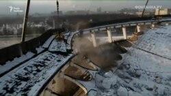 Кадры обвала крыши комплекса «Петербургский» в России (видео)