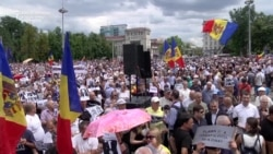 Thousands Of Moldovans Decry Mayoral Vote Annulment