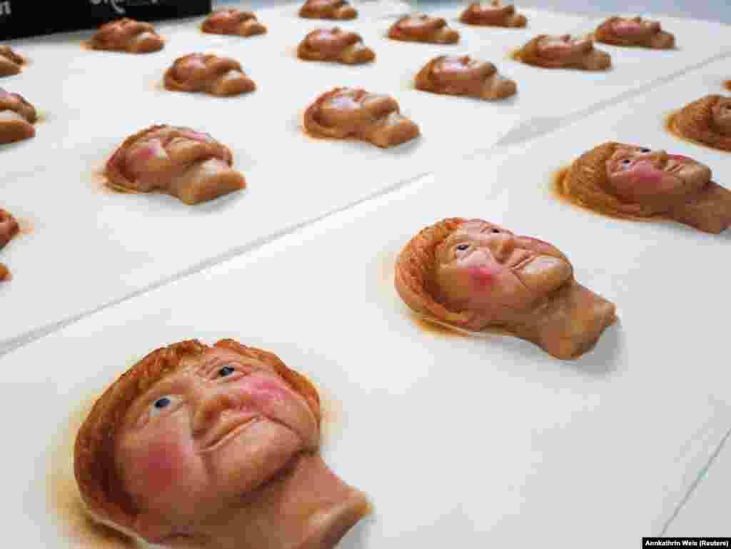 Angela Merkel német kancellárt ábrázoló marcipánokat készített egy német cukrász a szeptember 26-ai választások előtt