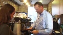 Новозеландец Брэд создает кыргызский кофе-бренд
