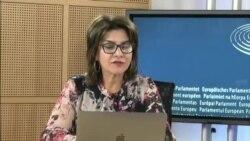 Iolanda Bădiliță în discuție cu expertul polonez Marek Lemiesz