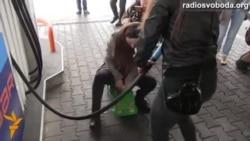 Активісти закликали не купувати російський бензин