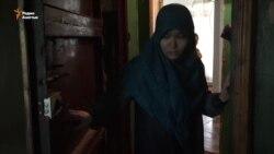 Закрытые двери домов «террористов»