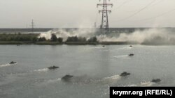Спільне форсування річки Дніпро українськими та британськими військовослужбовцями, навчання «Об'єднані зусилля-2020»