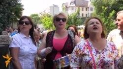 25.06.2015 - Протести и воени вежби