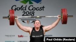 Laurel Hubbard a nemzetközösségi játékokon az ausztráliai Gold Coaston 2018. április 9-én