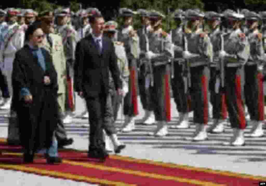 در کنار بشار اسد، رئیس جمهوری سوریه
