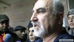 Հայրիկյանը ենթադրում է, որ կրակողը հայ չէր