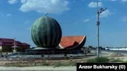Üzbegisztán – egy kép Anzor Bukharsky felvételei közül, amelyet 2500 kilométer hosszú útja során készített