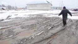 В Кызылорде жители просят положить асфальт