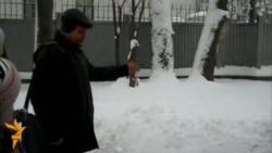 Лінейка каля былога будынку Коласаўскага ліцэю