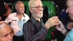 Сервер Караметов на свободе: в Крыму встретили активиста (видео)