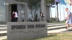 Mladi iz Srbije na mestu zločina u Vukovaru