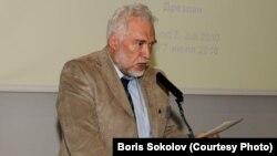Тарыхчы жана саясат талдоочу Борис Соколов.