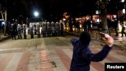 Protesta në Shqipëri.