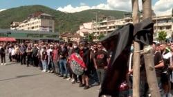Tetovarët kujtojnë 14 viktimat e zjarrit
