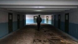 Изолятор временного выживания. Крымские политузники   Крымское утро
